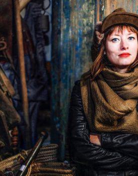 Marlene Bakker speelt RAIF  live in Oosternieland